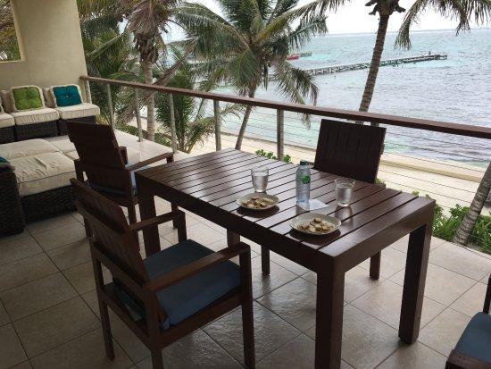 The Phoenix Resort: Where we had breakfast each morning