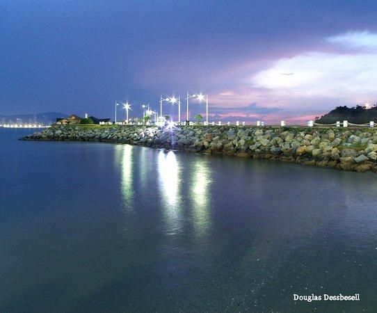 Molhe - Barra Sul: Molhe da Barra Sul ao entardecer...