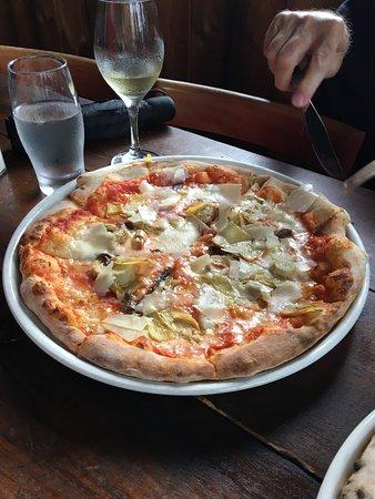 Ridgewood, NY: ARTICOKE pizza