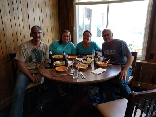 Leavenworth, Ιντιάνα: Our group! Neighbors from Owensboro, KY