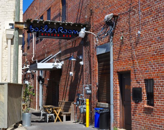 Kinston, NC: Alley entrance to Boiler Room