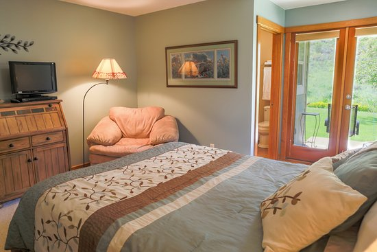 Methow Suites Bed and Breakfast: Rest in the Sawtooth Room