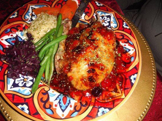 Gulfport, FL: Baked chicken, green beans, rice, red cabbage