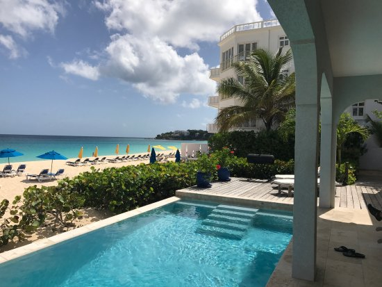Meads Bay Beach Villas: Beautiful Vila !!
