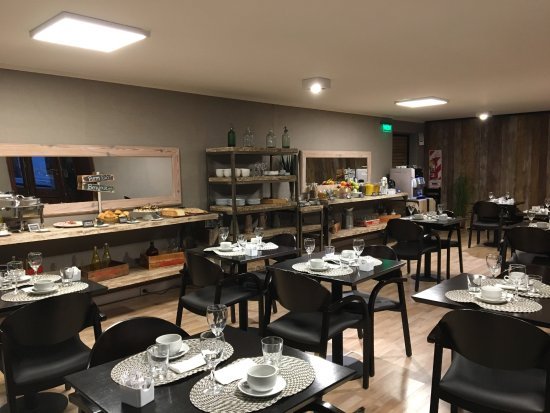 Azur Real Hotel Boutique: spacious breakfast area
