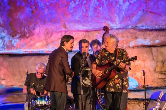 McMinnville, TN: Peter Rowan and his group
