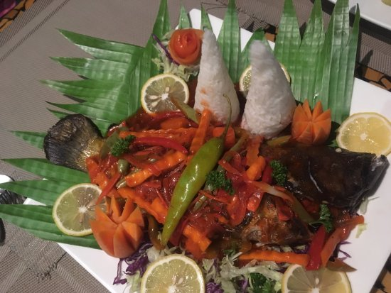 Toko's Restaurant: Grilled Lapu Lapu (Grouper)