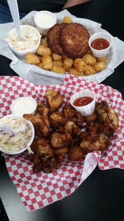 Harbor, OR: Fried clams, coleslaw, Tater Tots, crab cakes, hush puppies