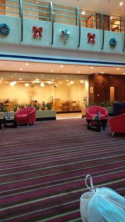 Novotel Shanghai Atlantis: Lobby waiting area