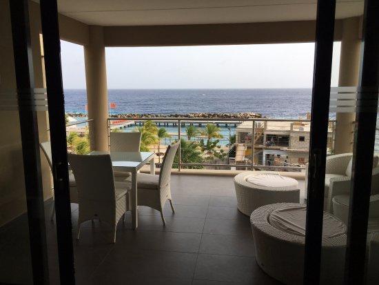 Top Groot overdekt balkon met prachtig uitzicht - Foto van The Beach IT13
