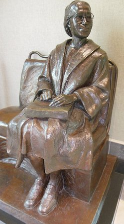 Rosa Parks Library and Museum: Rosa Parks statue at Rosa Parks Museum, Montgomery, AL