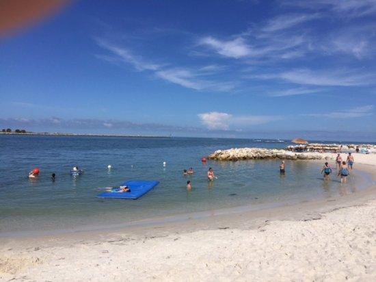 Quality Hotel Clearwater Beach Resort: Beach Cove Area