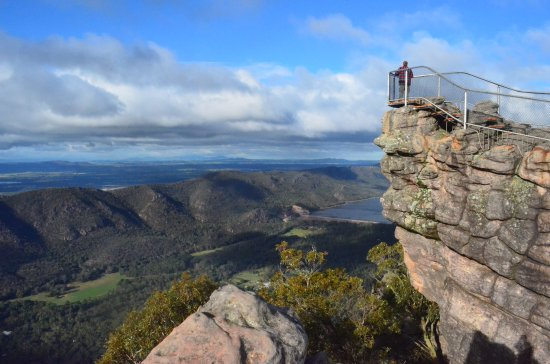 The Pinnacle: view of the Lookout at the Top