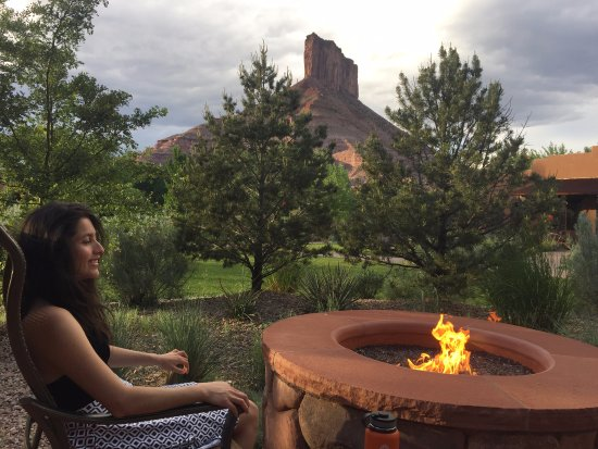 Gateway, CO : view from our rooms private fire pit
