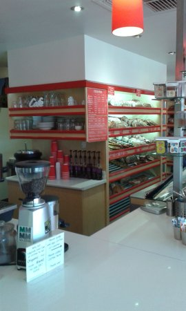 Tanunda Bakery & cafe inside