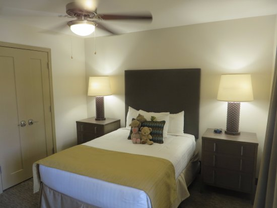 Second Bedroom In 2 Bedroom Unit Picture Of Holiday Inn Club Vacations Scottsdale Resort