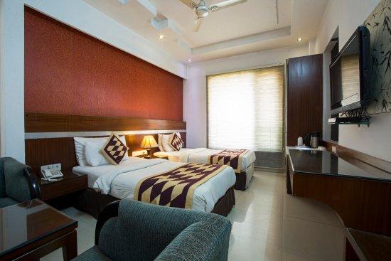 Hotel Krishna: Standard Room