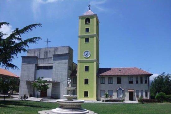 Parrocchia S. Maria della Pietra