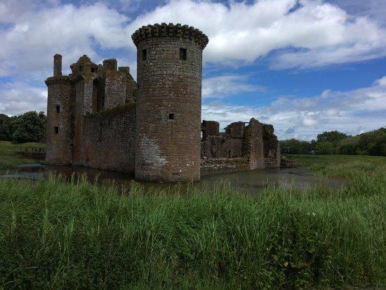 Caerlaverock Castle: photo0.jpg
