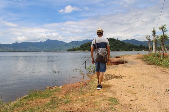 Dak Lak Province, Vietnam: On the lake side