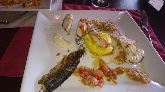 Restaurant les freres de la cote dans camaret sur mer avec - Les freres de la cote ...