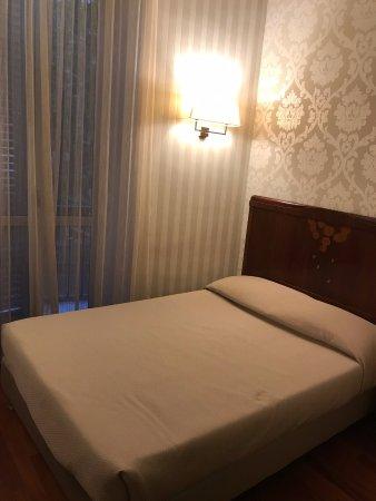 Hotel Alexandra Photo