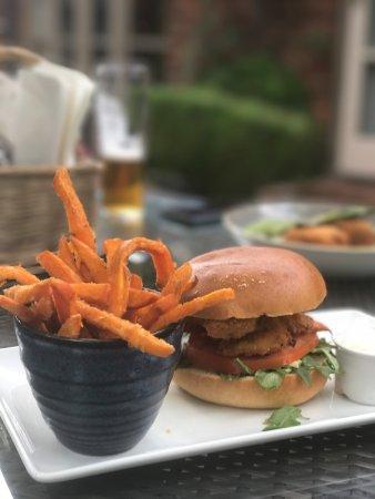 Aston Clinton, UK: Buttermilk chicken burger with sweet potato fries