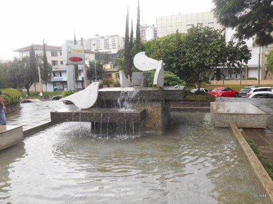 Chafariz na Praça da Matriz, Carlos Barbosa RS