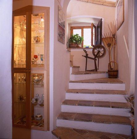 Casperia, Italia: stairs