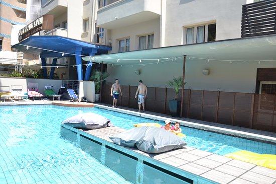 Hotel corallo rimini prezzi 2018 e recensioni - Piscina acqua salata ...