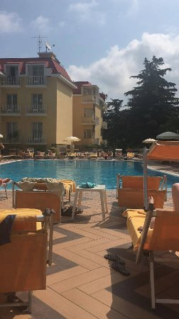 Grand Hotel Parco Del Sole: poolside