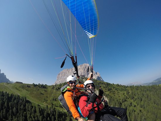 Paragliding Tandem Gardenafly: Best fun money can buy
