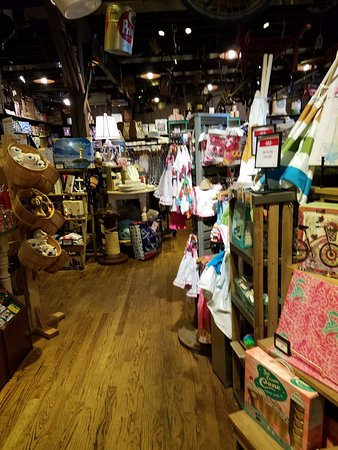 Mount Juliet, TN: Store in Cracker Barrel