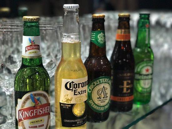 Pennant Hills, Australia: Drink Beer Wine Scotch Curries Naan Butterchicken