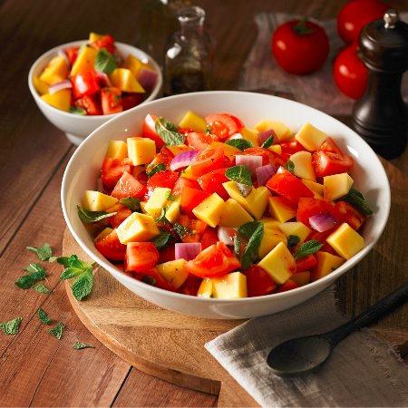 Mountain View, Kanada: Mango Tomato Salad