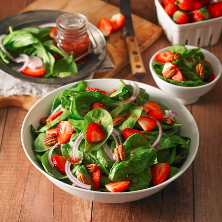 Mountain View, Kanada: Strawberry Spinach Salad