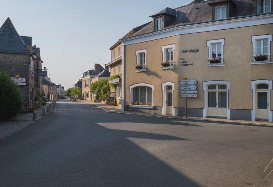 L'Ermitage Hotel & Restaurant: l'ermitage saulges
