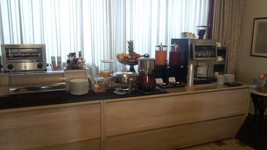 Hotel Forum : 20170704_083521_large.jpg