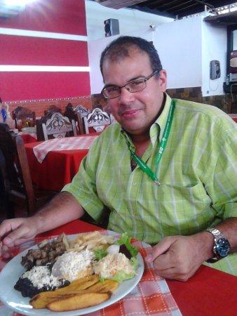 El Portal Del Chivo: degustando de un almuerzo excelente