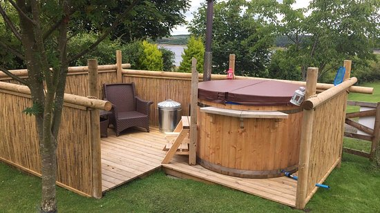derwent view glamping wood burning hot tub