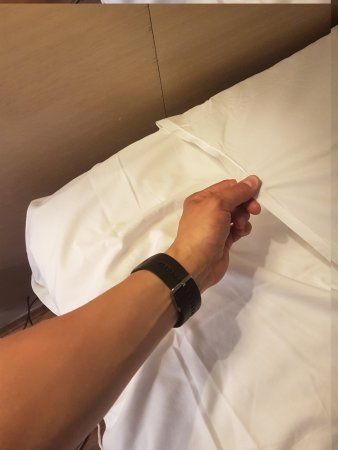 """City Living Hotel & Apartments: The """"double sheet"""" solution..."""