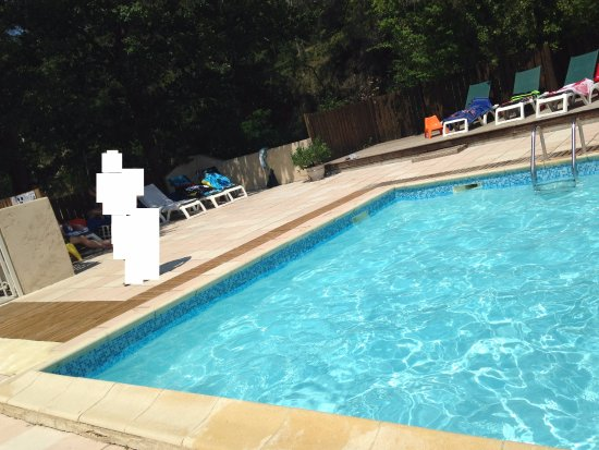 Camping de l'Ecluse : one part of the swimming pool
