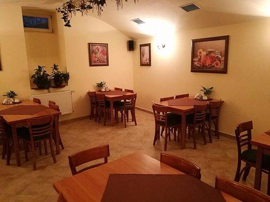 Rest-Cafe: Zdjęcie sali