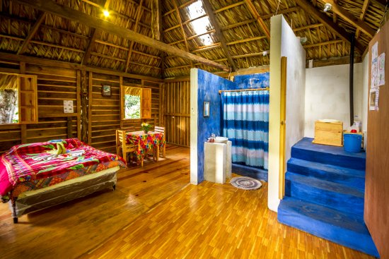 "Eco Hotel MayAchik: ""inside view of Bungalow Colibri"""