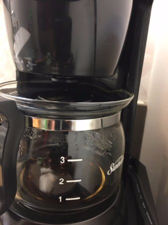 Country Inn & Suites by Radisson, Myrtle Beach, SC : Carafe didn't fit coffee maker, reported, never replaced!!!