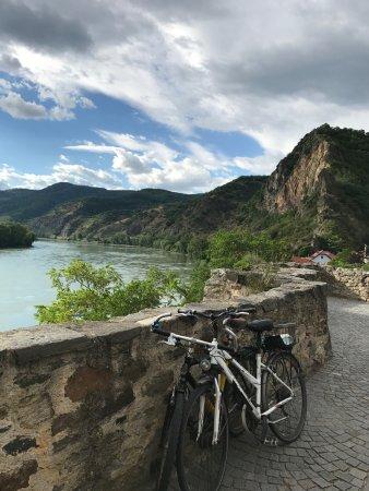 Wachau Valley : View of the Danube from upper Durnstein
