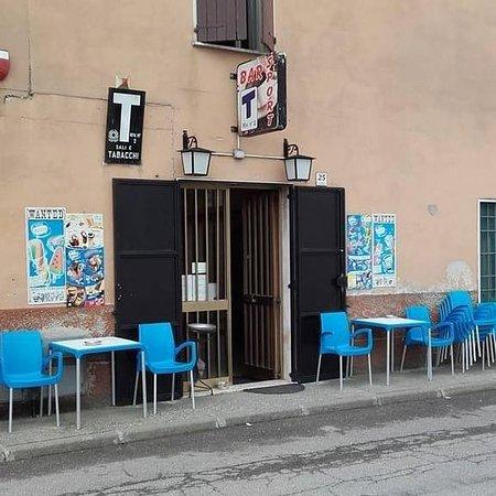 Casalromano, Italia: getlstd_property_photo