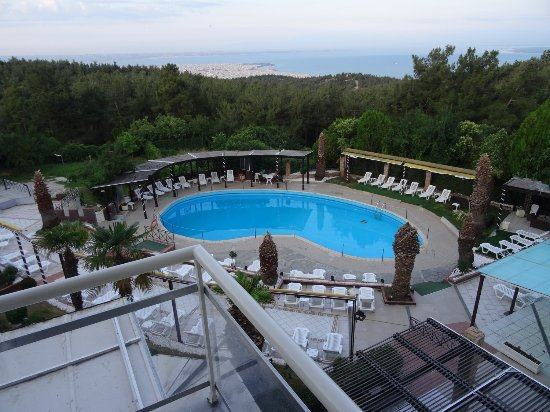 Hotel Philippion: Widok z balkonu na basen.