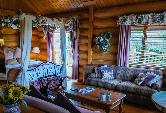 Jesmond, Canadá: Inside of our cabin
