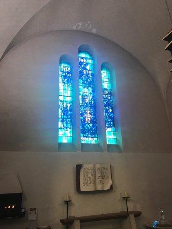 Musée d'art sacré contemporain - Église Saint-Hugues : photo2.jpg
